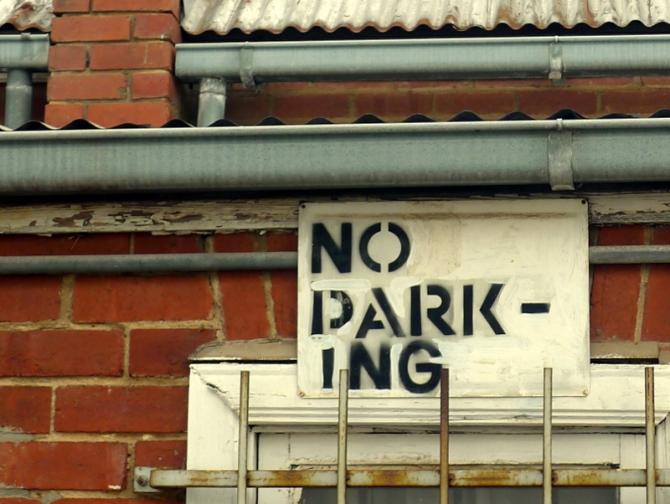 noparkingwindow_s