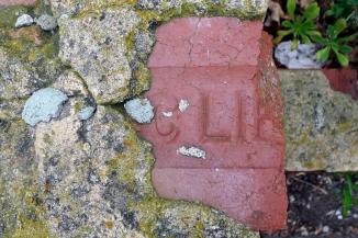 brick_s