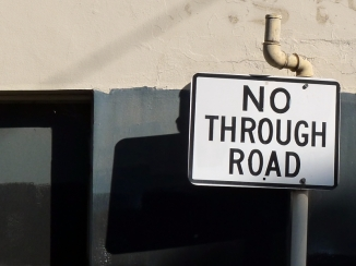 nothroughroad_s