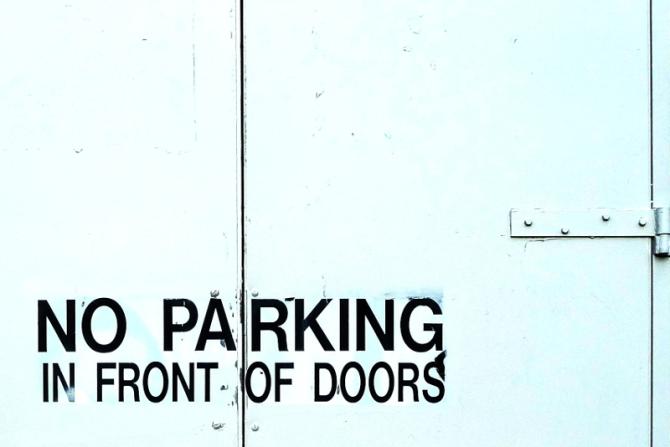 noparkingdoors956_s